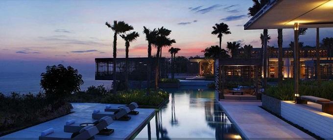12 Hotel Tepi Pantai Terbaik di Indonesia - Alila Villas Uluwatu