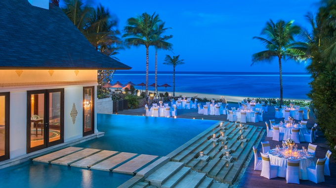 12 Hotel Tepi Pantai Terbaik di Indonesia - St. Regis Bali