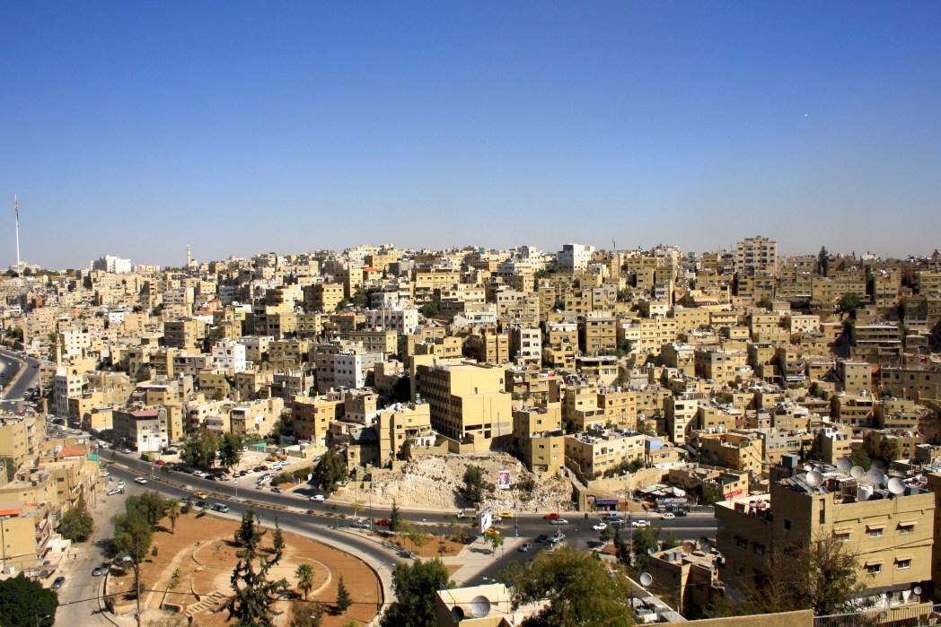 Pemandangan kota Amman dari area Citadel