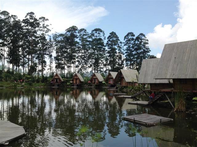 10-destinasi-liburan-keluarga-di-asia-tenggara-bandung-skyscanner-indonesia