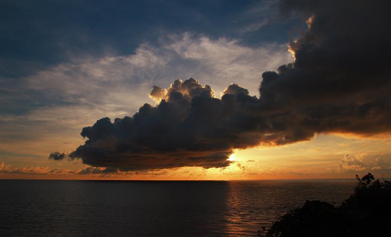tugu-nol-kilometer-sabang-pulau-weh-banda-aceh-sumatera-indonesia-skyscanner