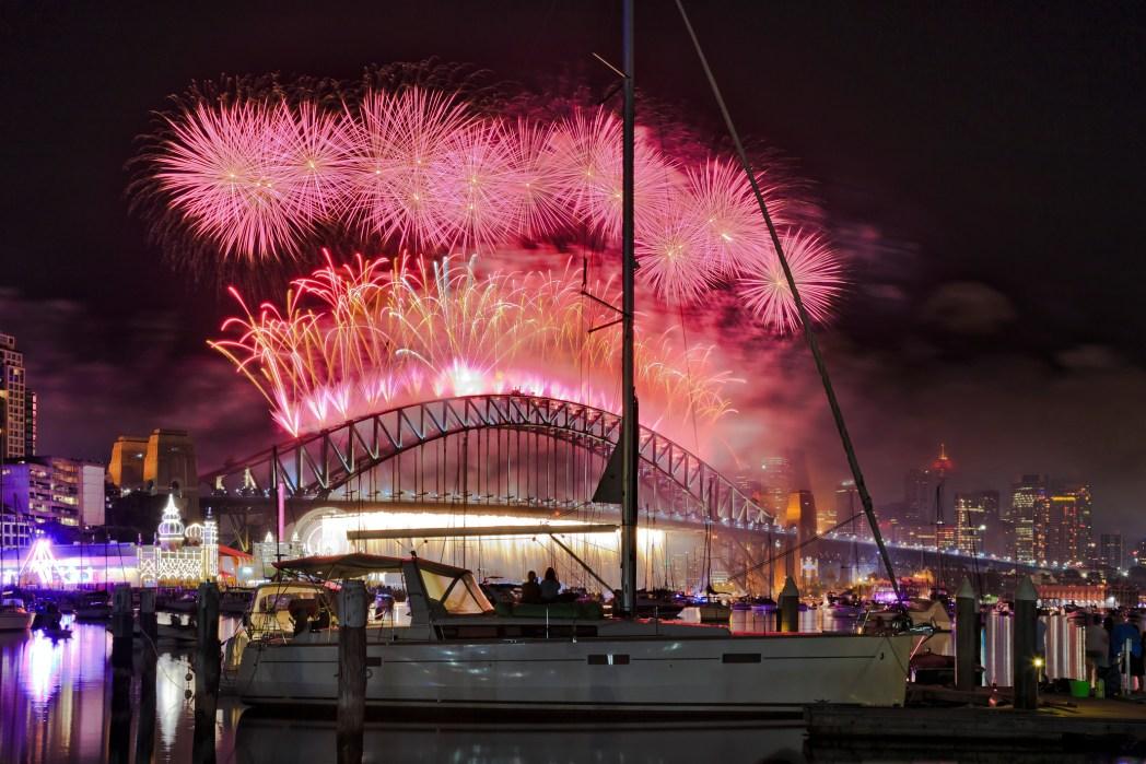 Meriahnya perayaan malam tahun baru di Sydney, Australia
